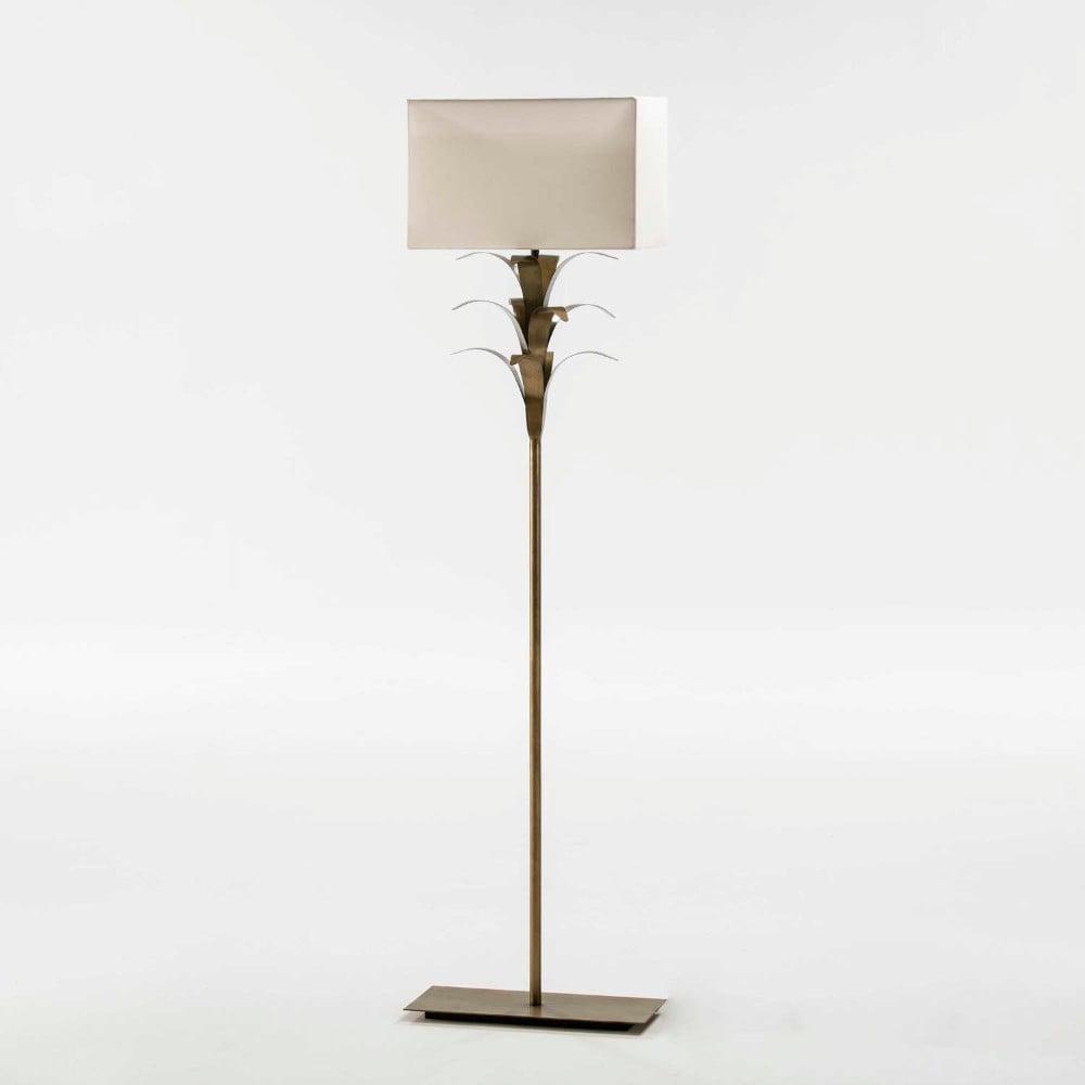 Kovová volně stojící lampa s bílým stínidlem, výška 151cm
