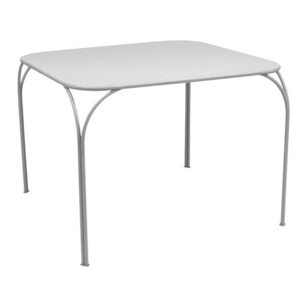 Světle šedý zahradní stolek Fermob Kintbury