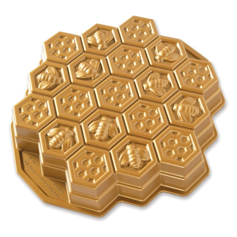 Forma na pečení ve tvaru medové plástve ve zlaté barvě Nordic Ware Bee, 2,4 l