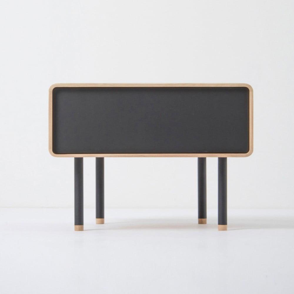 Noční stolek z dubového dřeva s černou zásuvkou Gazzda Fina
