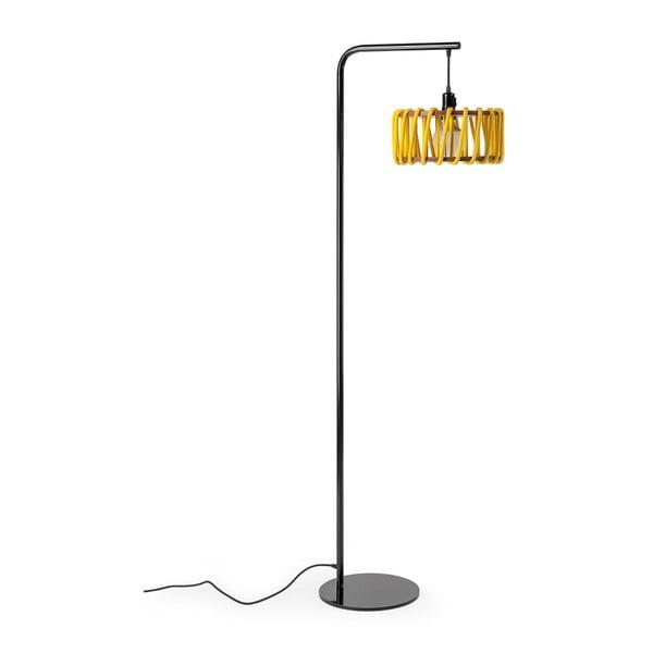Lampa stojąca z czarną konstrukcją i małym żółtym kloszem EMKO Macaron