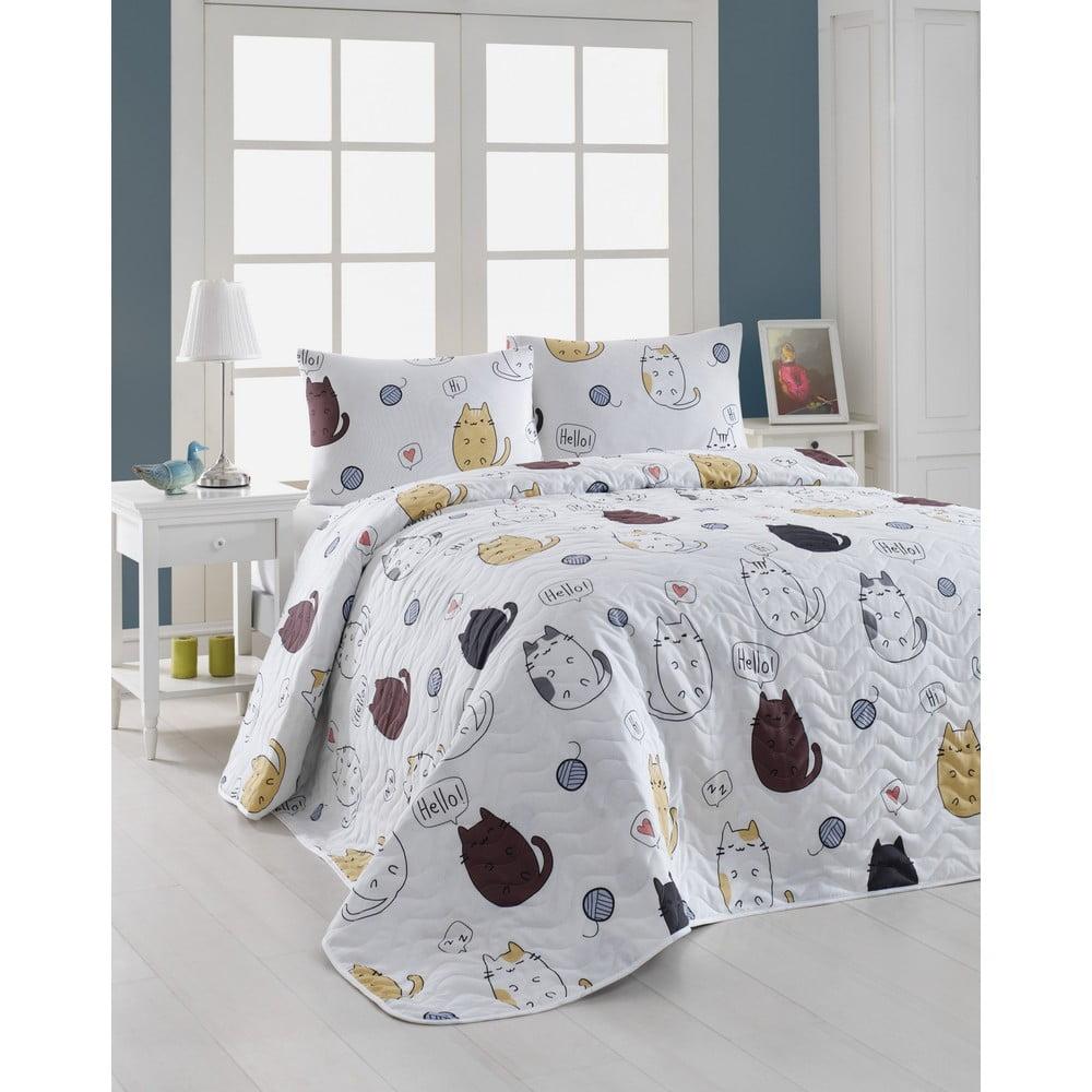 Set prošívaného přehozu a 2 povlaků na polštáře Eponj Home Hello Cats White, 200x220cm