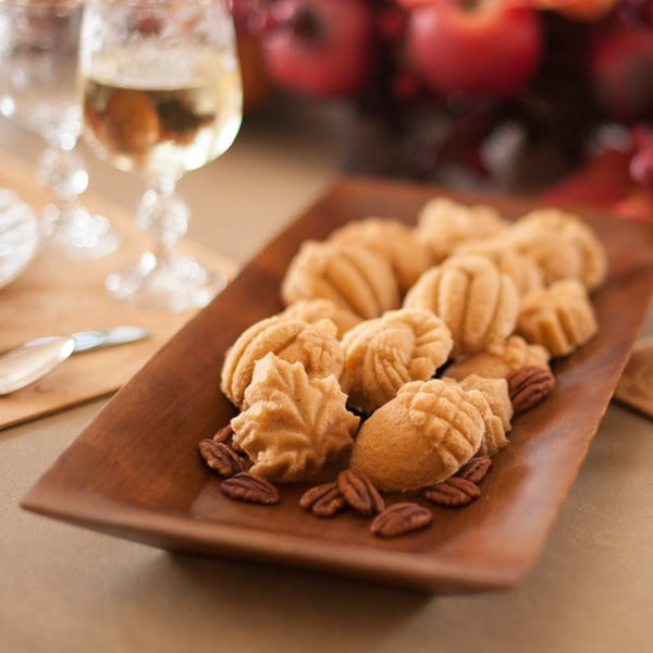 Formă pentru dulciuri, Toamnă Nordic Ware