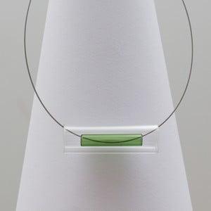 Zelený skleněný náhrdelník Ko–ra–le Tubes