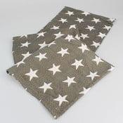 Hnědý běhoun na stůl s hvězdami Dakls