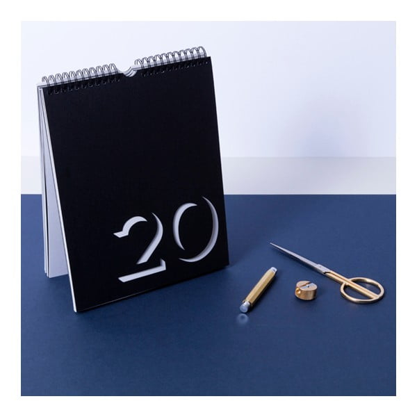 Černobílý nástěnný kalendář Flip