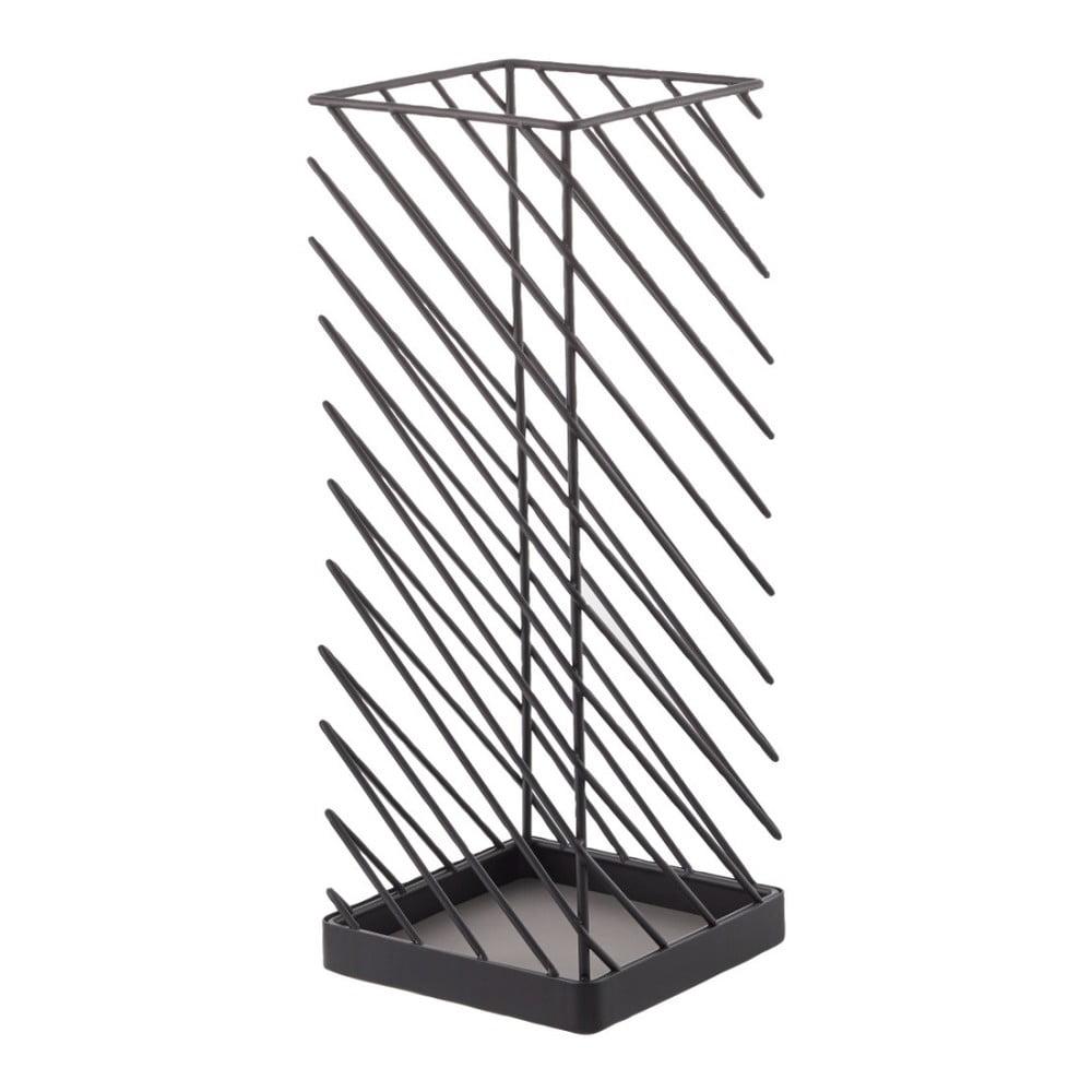 Černý stojan na deštníky YAMAZAKI Slash, šířka 18 cm