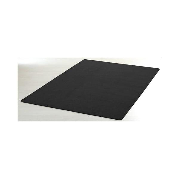 Černý koberec Hanse Home Nasty, 140 x 200 cm
