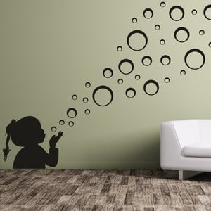 Samolepka na stěnu Malá holčička a bubliny, černá