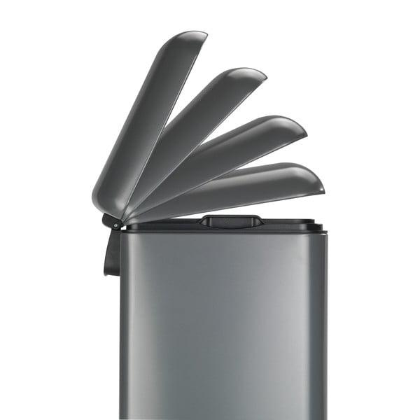 Ocelový pedálový odpadkový koš Wenko, 30l
