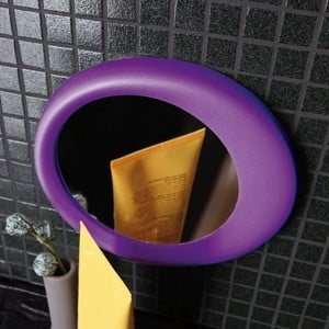 Samodržící přibližovací kosmetické zrcadlo Eclisse, fialové