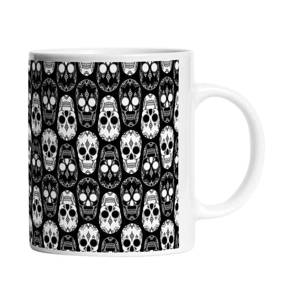 Keramický hrnek Black and White Skulls, 330 ml