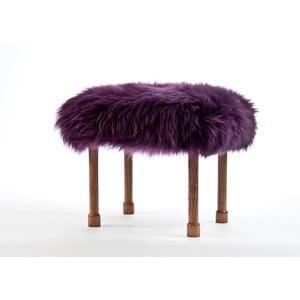 Stolička z ovčí kůže Myfanwy Aubergine