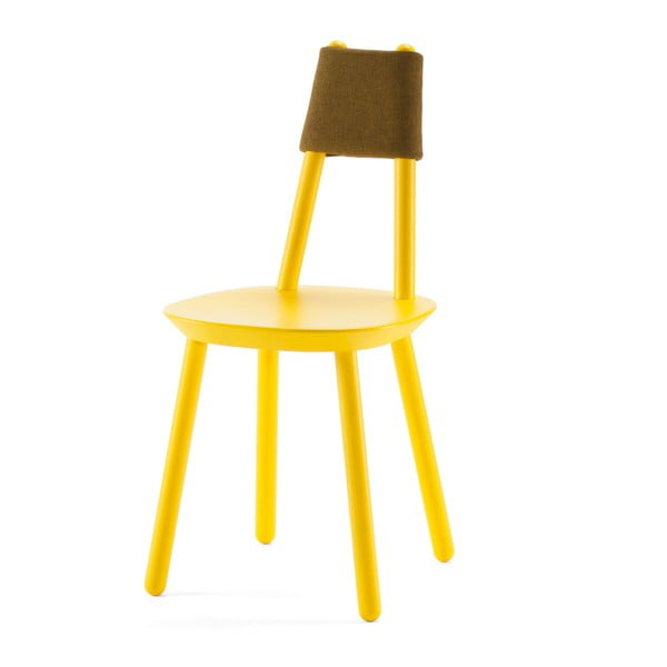 Żółte krzesło z litego drewna EMKO Naïve