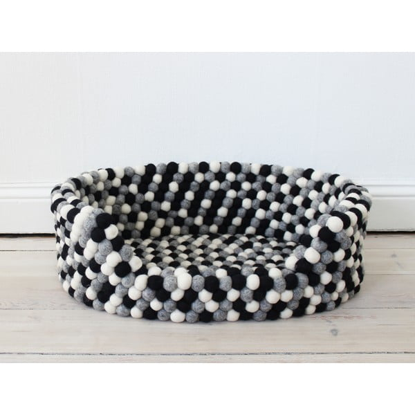 Čierno-biely guľôčkový vlnený pelech pre domáce zvieratá Wooldot Ball Pet Basket, 40 x 30 cm