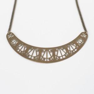 Náhrdelník Arch Bronze