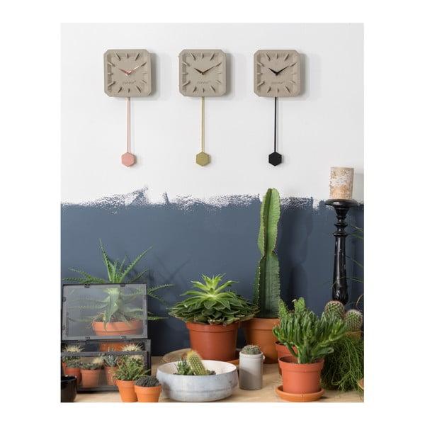 Betonové nástěnné hodiny s detaily v měděné barvě Zuiver Tiktak