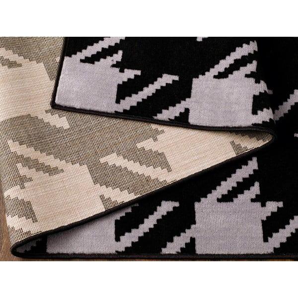 Černý koberec Designela, 160x225 cm