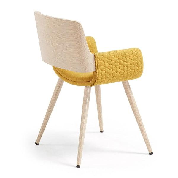 Hořčicově žlutá židle s dřevěným podnožím a područkami La Forma Andre