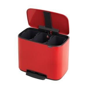 Červený odpadkový pedálový koš se 3 vnitřními přihrádkami Brabantia Bo, 3x11l