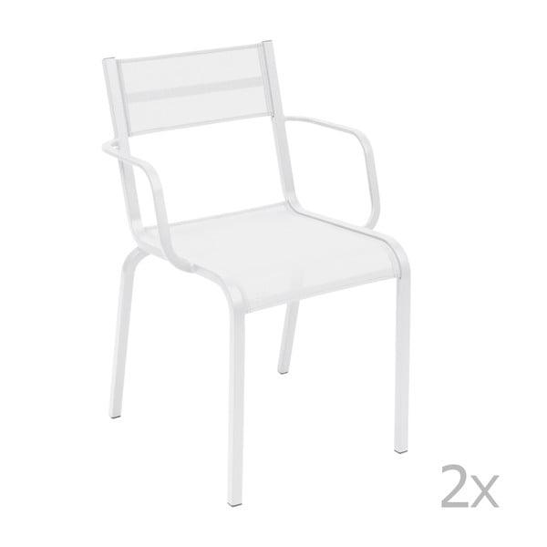 Sada 2 bielych kovových záhradných stoličiek Fermob Oléron Arms