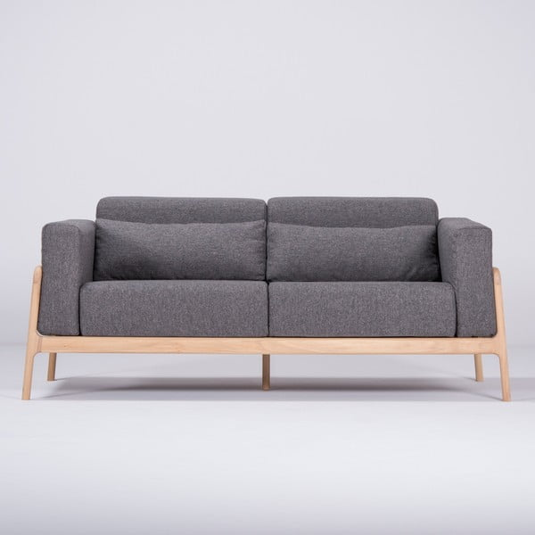 Tmavě šedá pohovka s konstrukcí z dubového dřeva Gazzda Fawn, 180 cm