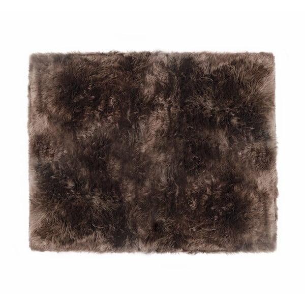 Hnědý koberec z ovčí kožešiny Royal Dream Zealand Sheep, 130x150cm