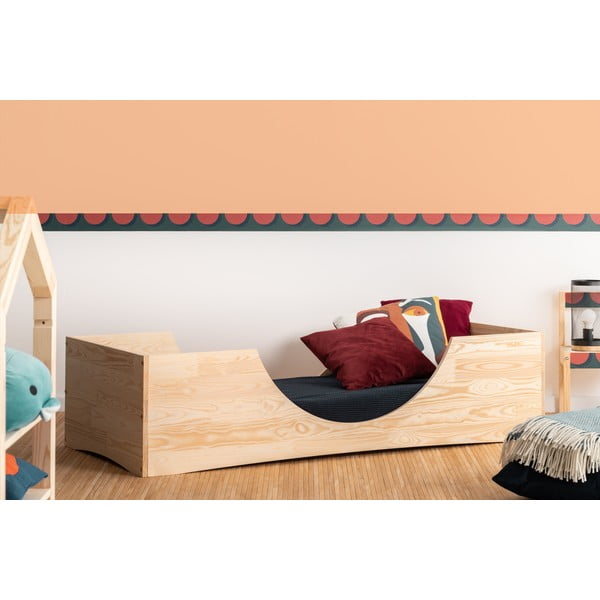 Dziecięce łóżko z drewna sosnowego Adeko Pepe Bork, 80x200 cm