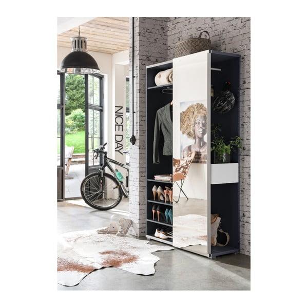 Bílá skříň s posuvnými dveřmi a antracitově šedými detaily Germania