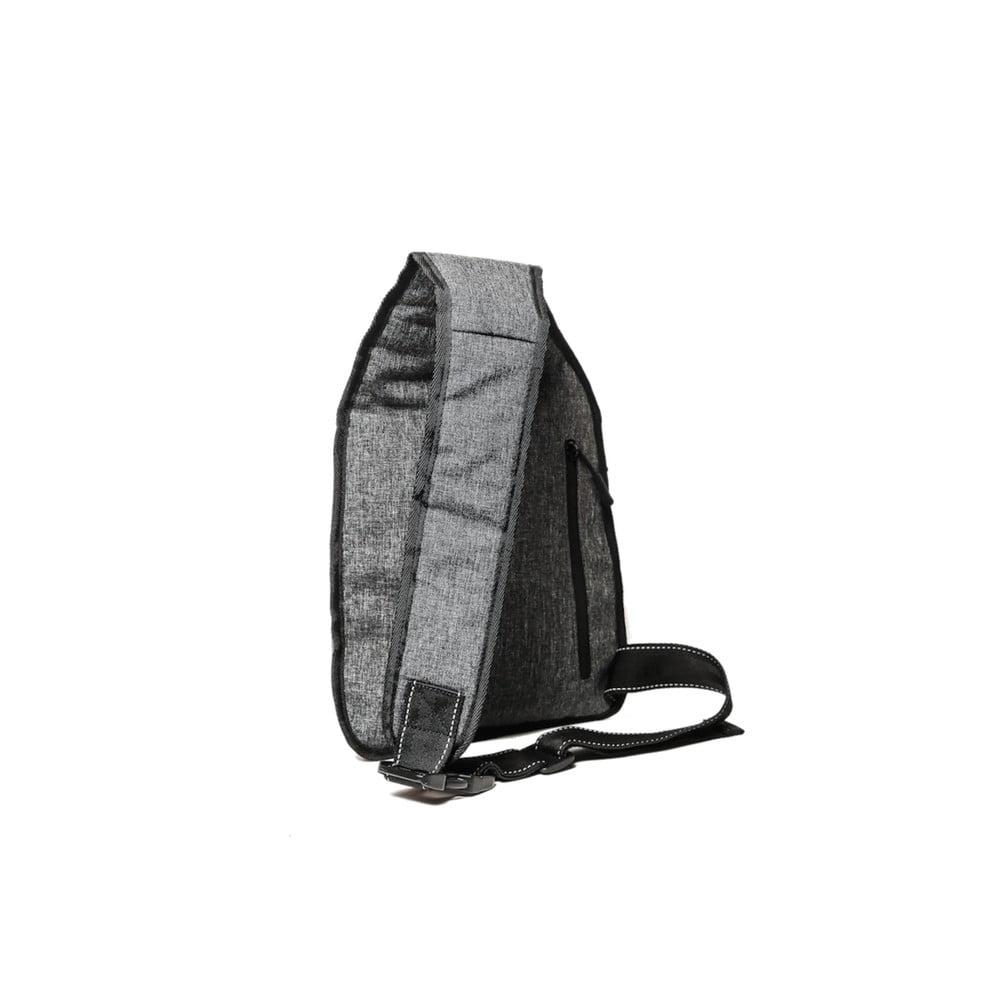 01171f534d9 Cyklistický batoh přes rameno se signálovým LED značením MoonRide ...