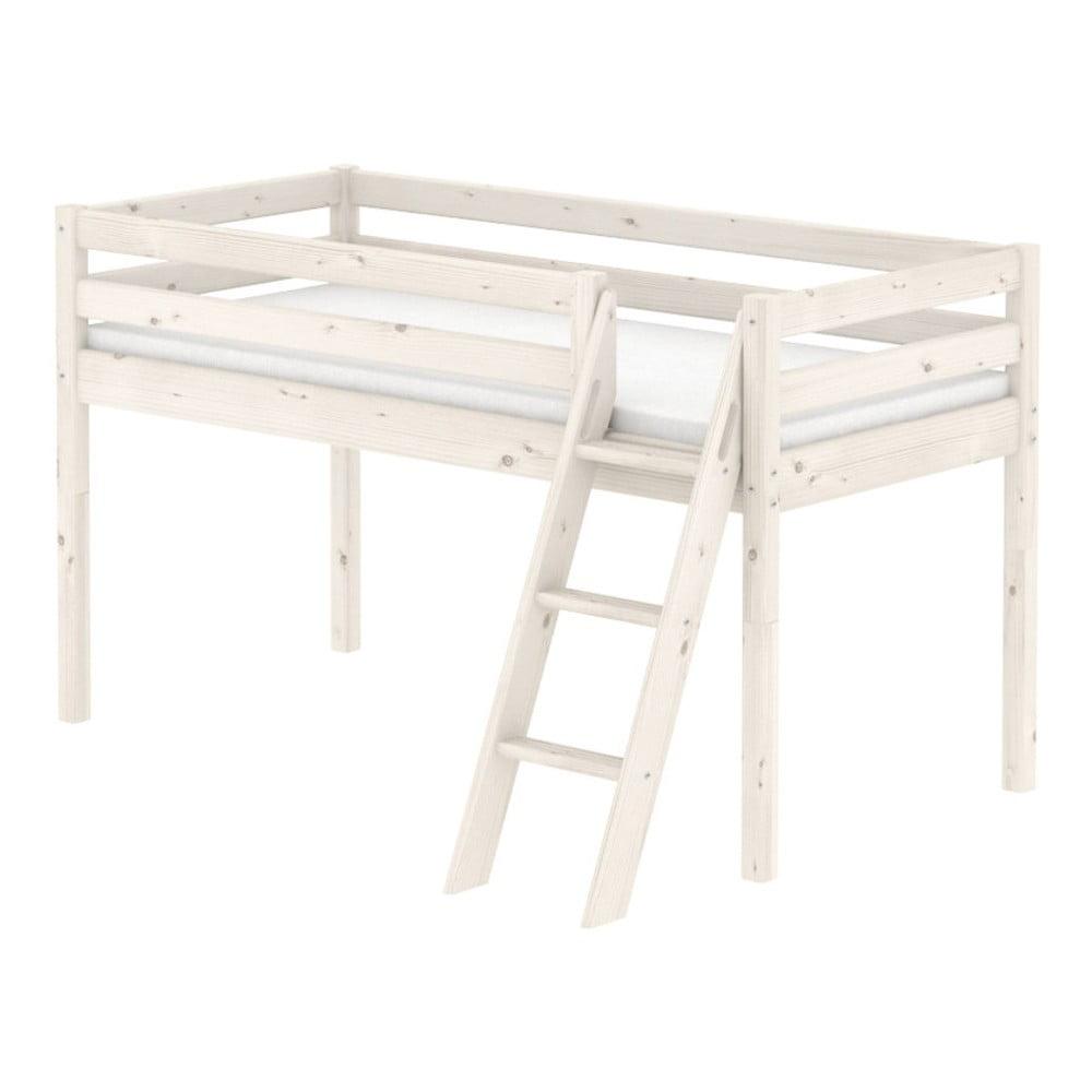 Produktové foto Bílá středně vysoká dětská postel z borovicového dřeva s žebříkem Flexa Classic, 90x200cm