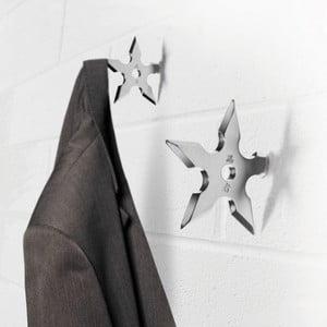 Věšáček ve tvaru ninja hvězdice