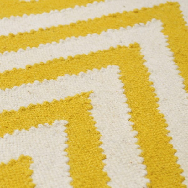Vlněný koberec Zig Zag Yellow, 90x60 cm