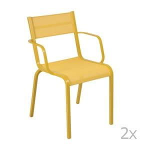 Sada 2 žlutých kovových zahradních židlí Fermob Oléron Arms