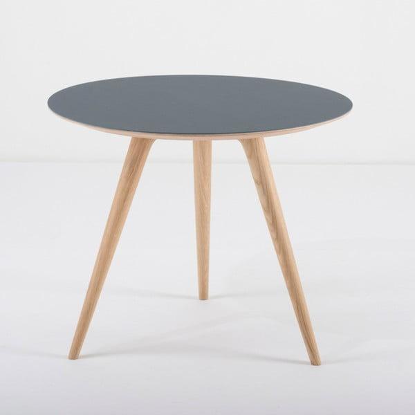 Arp tölgyfa tárolóasztal kék asztallappal, ⌀ 55 cm - Gazzda