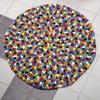 Ručně vyrobený kuličkový koberec Happy Pills