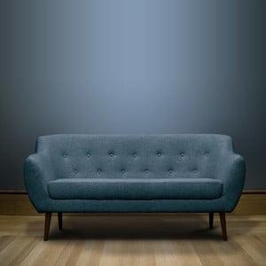 Tmavě modrá trojmístná pohovka s hnědými nohami Mazzini Sofas Piemont