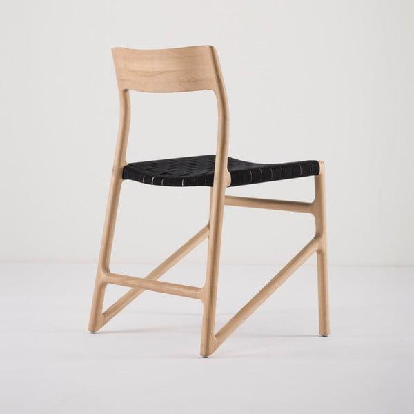 Jídelní židle z masivního dubového dřeva s černým sedákem Gazzda Fawn