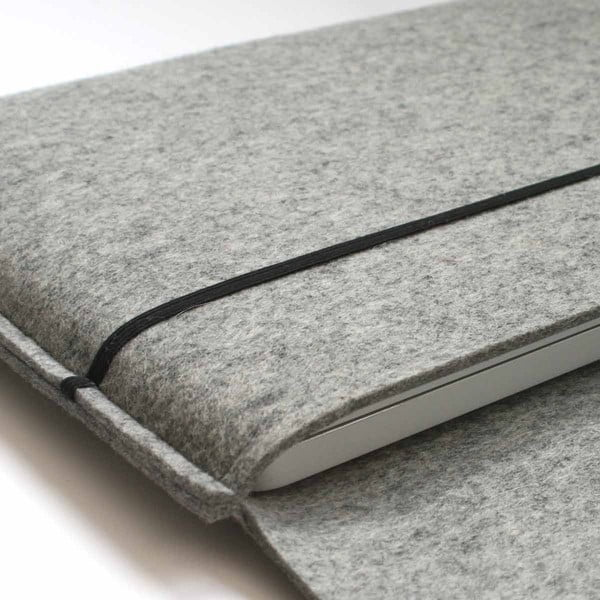 """Plstěný obal na MacBook PRO 17"""", stone grey"""