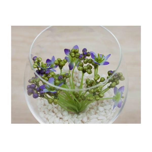 Květinová dekorace od Aranžérie, sklenka s fialovou kytičkou