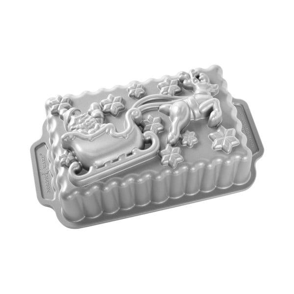 Formă pentru copt sania lui Mos Craciun Nordic Ware, 1,4 l, argintiu