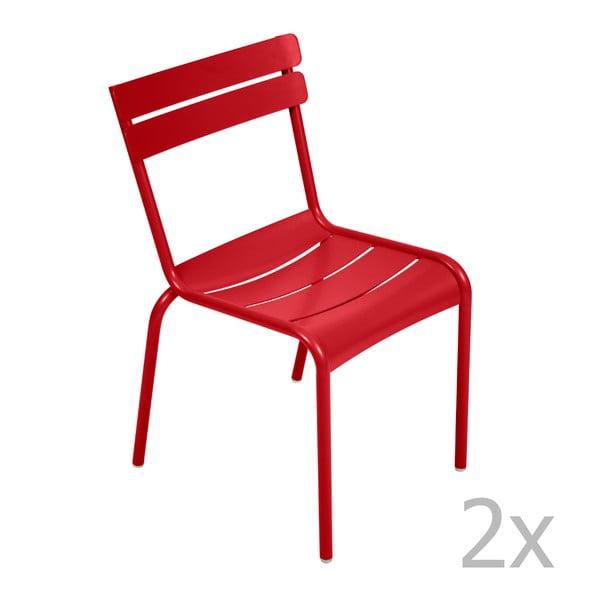 Sada 2 sytě červených židlí Fermob Luxembourg