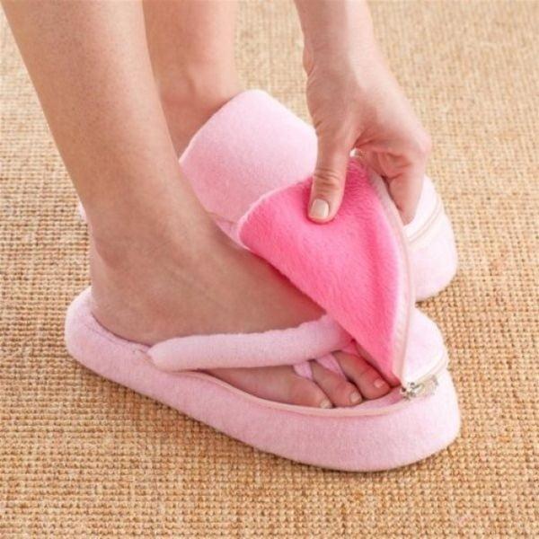 Papuci din spumă cu memorie pentru pedichiură InnovaGoods