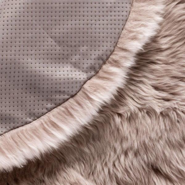 Světle hnědý kulatý z ovčí vlny koberec Royal Dream Zealand