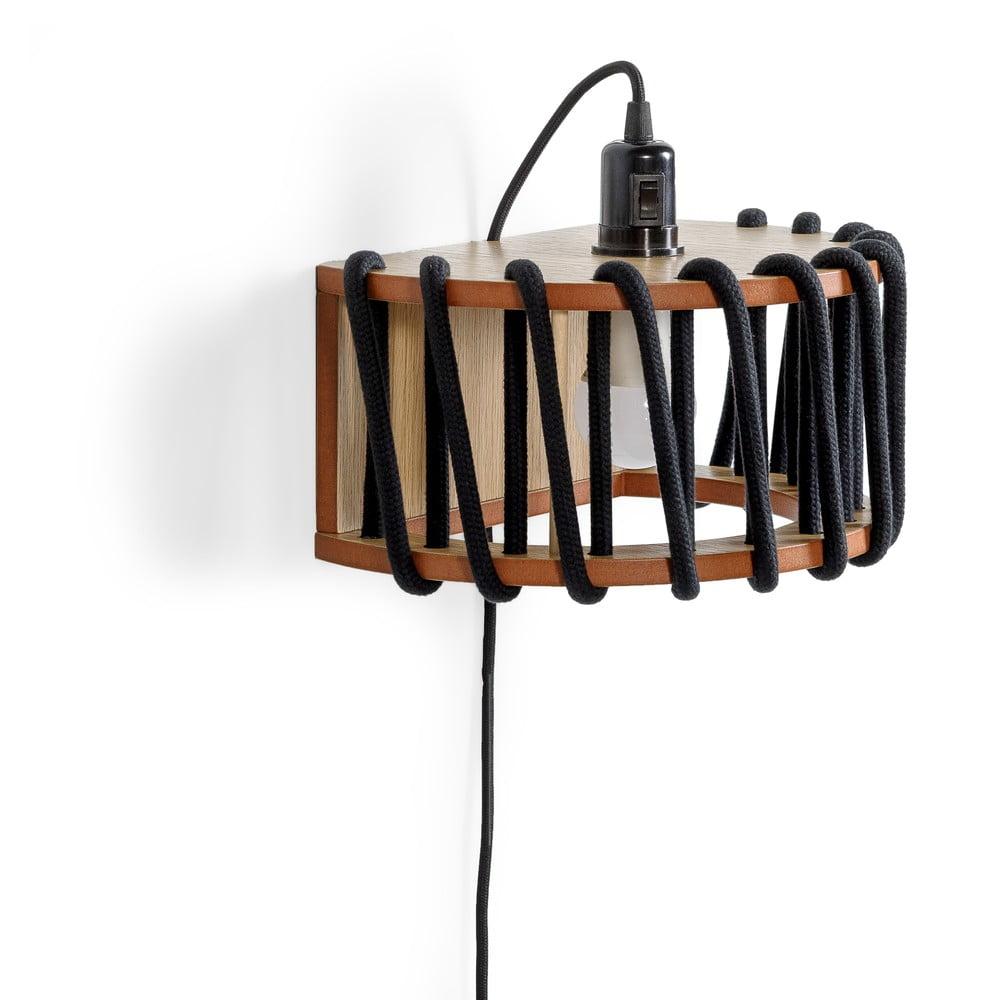 Černá nástěnná lampa s dřevěnou konstrukcí EMKO Macaron,délka30cm