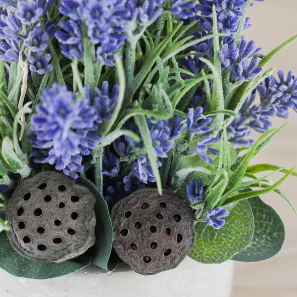 Květinová dekorace od Aranžérie, malé  levandule