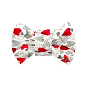 Bílý charitativní psí motýlek s šedými a červenými srdíčky FUNKY DOG, vel.S