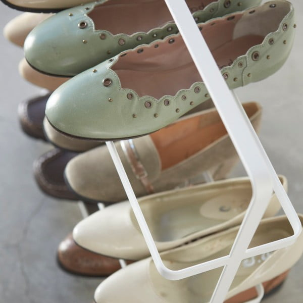 Bílý široký stojan na boty YAMAZAKI Tower Shoe Rack