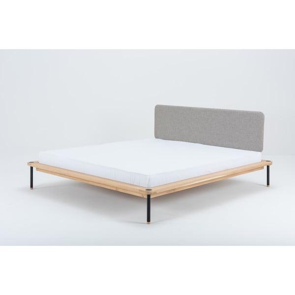 Dvoulůžková postel z dubového dřeva Gazzda Nero, 140 x 200 cm