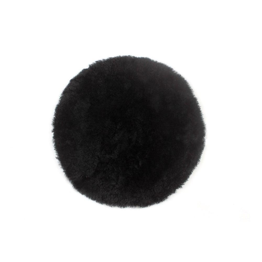 Černý vlněný polštář z ovčí kožešiny Auskin Fay, ∅ 35 cm